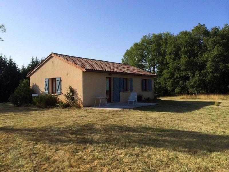Maison à la campagne, location de vacances à Dégagnac
