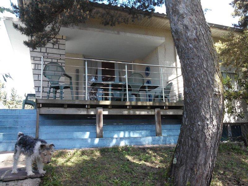 Villa dans quartier calme à 900m plage, casa vacanza a Semussac