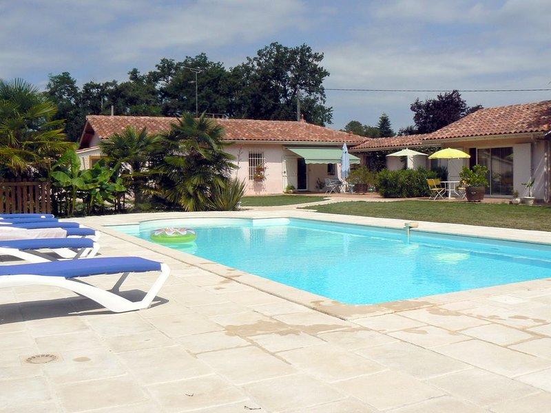 Chambres d'Hôtes de Terre Neuve en Albret - à SOS, vacation rental in Barbotan-les-Thermes
