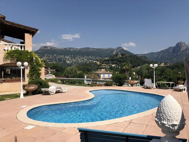 Charmante Villa Provençale de 200m2, Ferienwohnung in Vence
