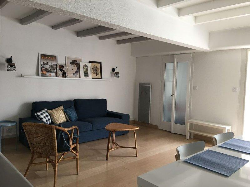 Maison tout confort - piscine - acces plage a pied, location de vacances à La Grande Motte