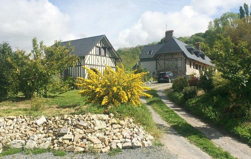 Maison HONFLEUR à 5 minutes, face au Pont de Normandie 'La Rivière Saint Sauveur, Ferienwohnung in Gonneville-sur-Honfleur