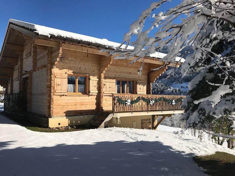 Chalet Luxe vue Mt Blanc sauna Wifi Equipt Ht Gamme, holiday rental in Savoie