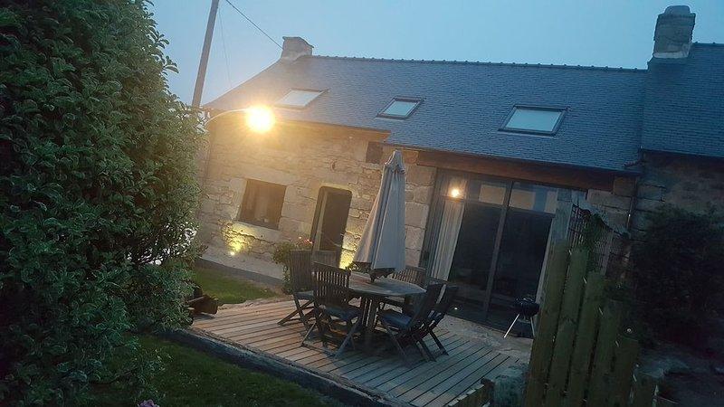 Gîte de charme 'L'etambot' proche de Meneham, holiday rental in Kernoues