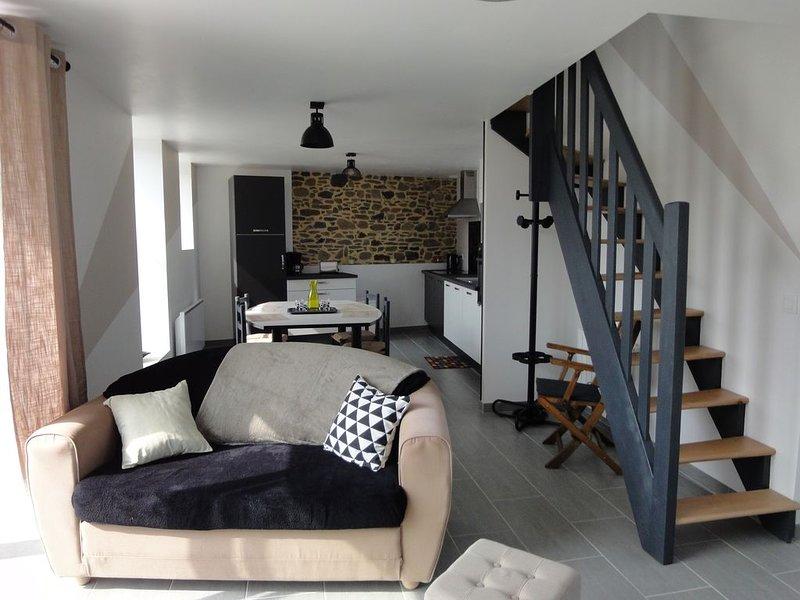 TREG'HOME, Joli gîte rural entièrement rénové proche de la mer, casa vacanza a Pordic