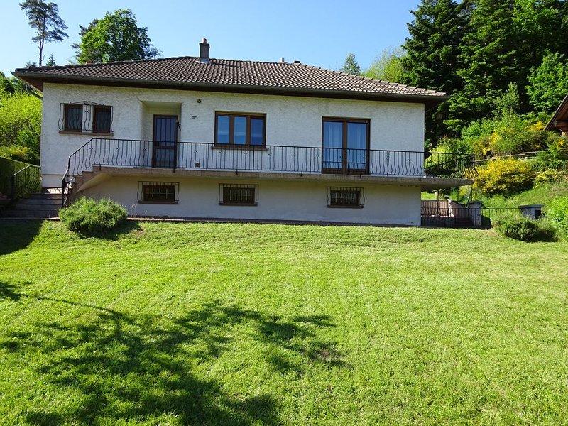 'Les ACACIAS' - Maison de Location, holiday rental in Badonviller