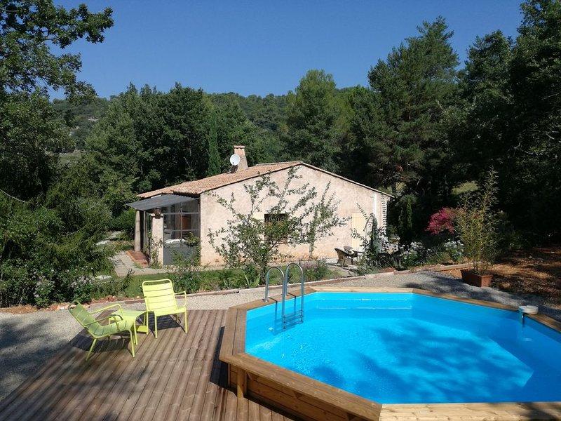 Les Portes du Verdon, Le Petit Mas  avec piscine, aluguéis de temporada em Chateaudouble