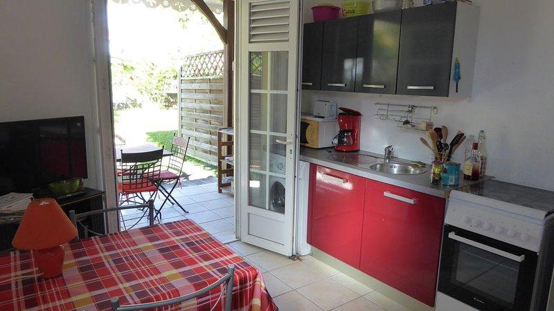 2 pièces dans villa avec petite piscine proche plage Anse à l'âne, casa vacanza a La Pagerie