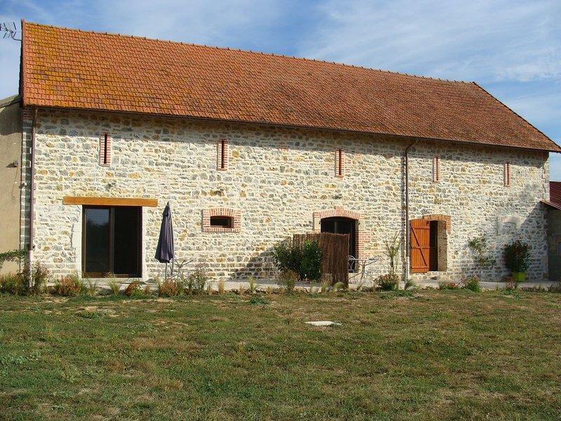 Gîte La Fromagerie le long du canal latéral à la Loire, location de vacances à Thiel-sur-Acolin