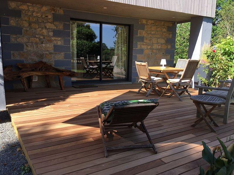Gîte de charme en pleine campagne, vacation rental in Belcastel