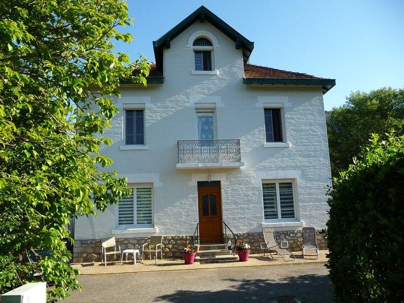 Chambres d'hôtes Max et Sylvie, alquiler vacacional en Foix