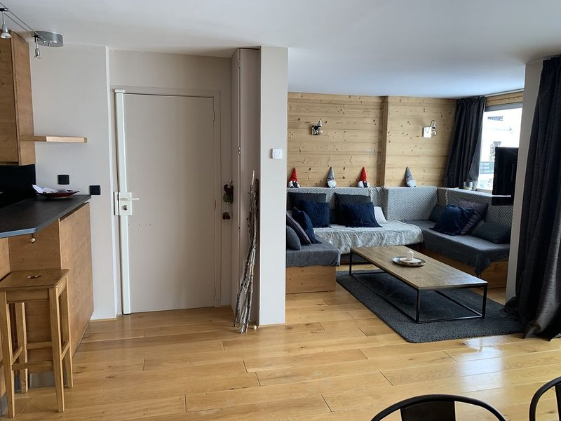 Bel appartement en coeur de station au pied des pistes, vacation rental in Saint Francois Longchamp