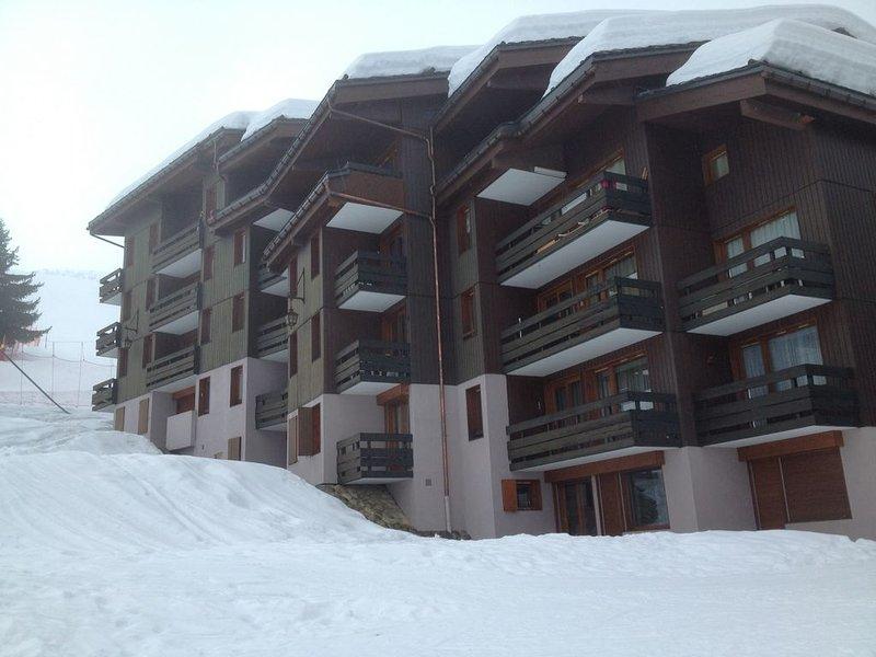 APPARTEMENT T2 4/5  PERSONNES VALMOREL, casa vacanza a Les Avanchers-Valmorel