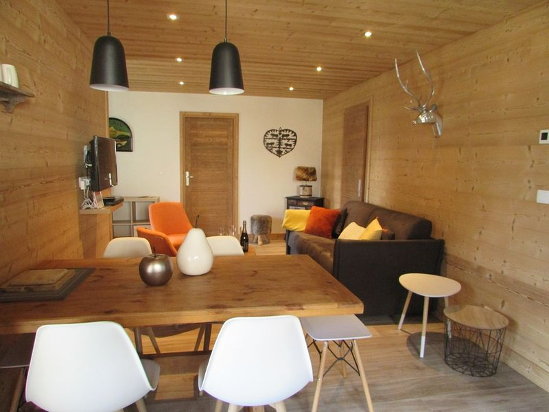 Champagny/La Plagne, bel appartement neuf 4/6 personnes, holiday rental in Champagny-en-Vanoise