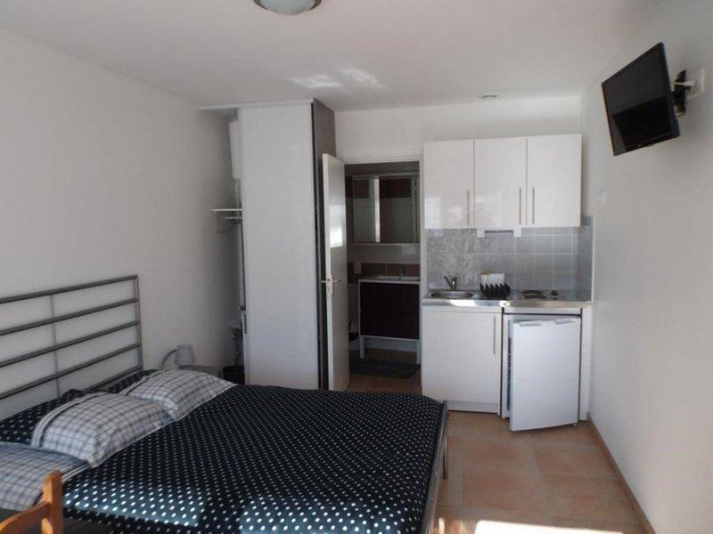Gite 37 m2  - Les Lilas de Phamdo, holiday rental in Castelnau-de-Medoc