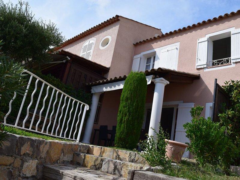 Grande Maison 4 pièces Vue mer - Cap Esterel - Le Dramont - Agay, holiday rental in Le Dramont