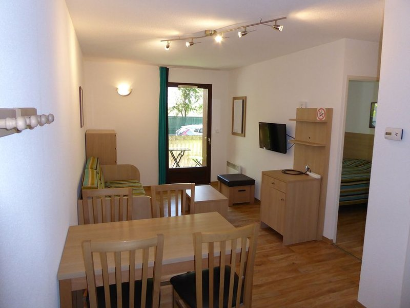 Appartement Luchon 2-4 personnes, holiday rental in Bagneres-de-Luchon