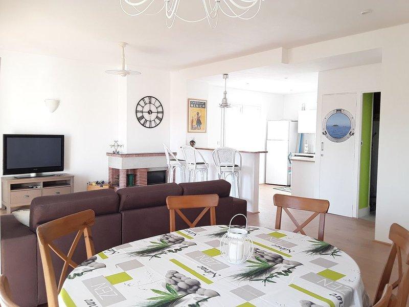 Grand appartment (6 pers) - Centre ville de Hyères, location de vacances à Hyères