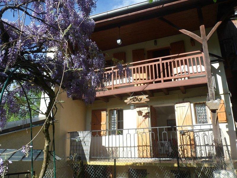 maison au pied de la montagne, aluguéis de temporada em Saint-Leger