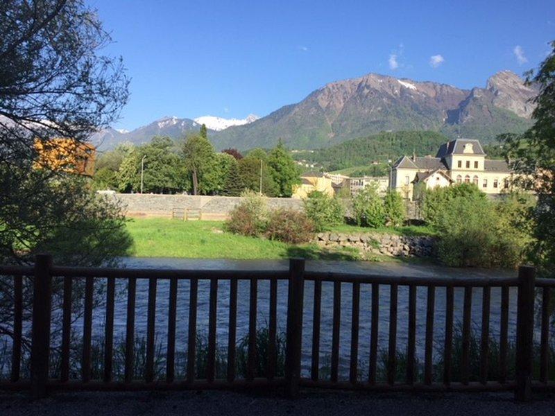 T1  Escapade au calme au pied des montagnes, holiday rental in Montailleur