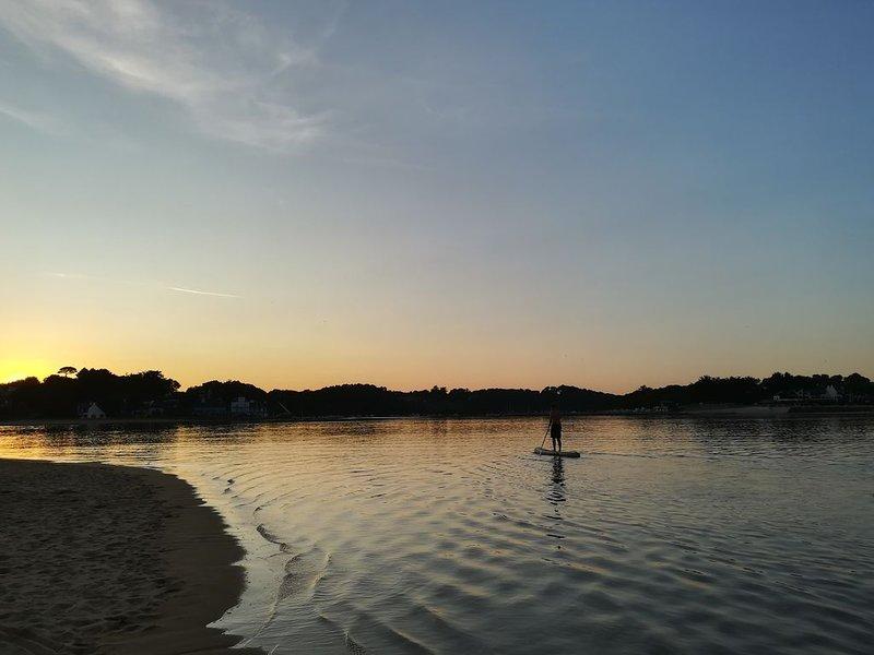 Water sports station: surf, kitesurf, paddle, jetski, kayak, flyboard ..