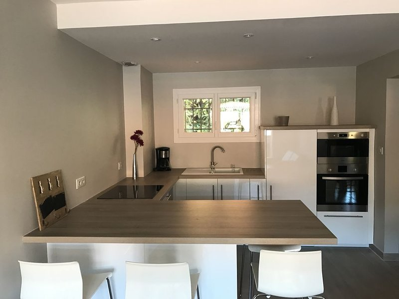 Collioure appartement  tout confort neuf, holiday rental in Pyrenees-Orientales