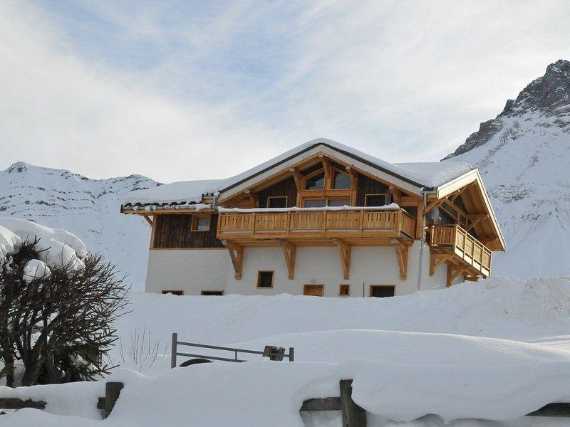 CHALET INDIVIDUEL 10 PERSONNES  ALBIEZ MONTROND STATION VILLAGE FAMILIALE 1.600, vakantiewoning in Saint-Julien-Mont-Denis