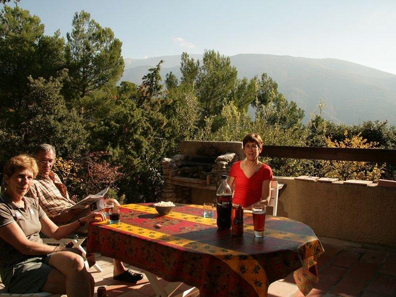 Magnifique bastidon face aux Ventoux, location de vacances à Mollans sur Ouveze