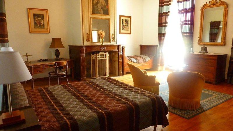 Chambres d'hôtes de La Tour de Baulès situées commune de Marcillac-Vallon., vacation rental in Luc la Primaube