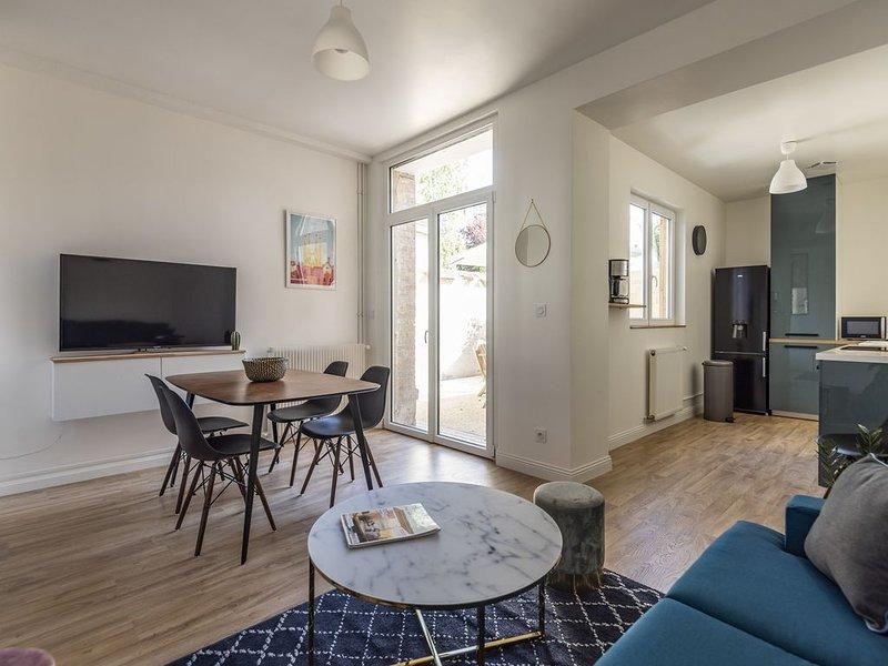 CATHEDRALE Appartement  Terrasse, location de vacances à Chigny les Roses