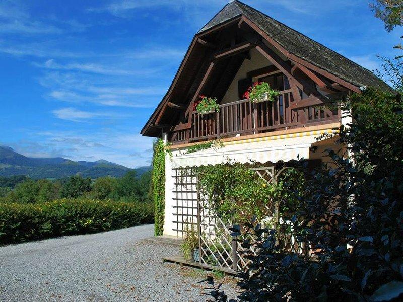Charmant Petit Gîte en Soule, vacation rental in Mauleon-Licharre