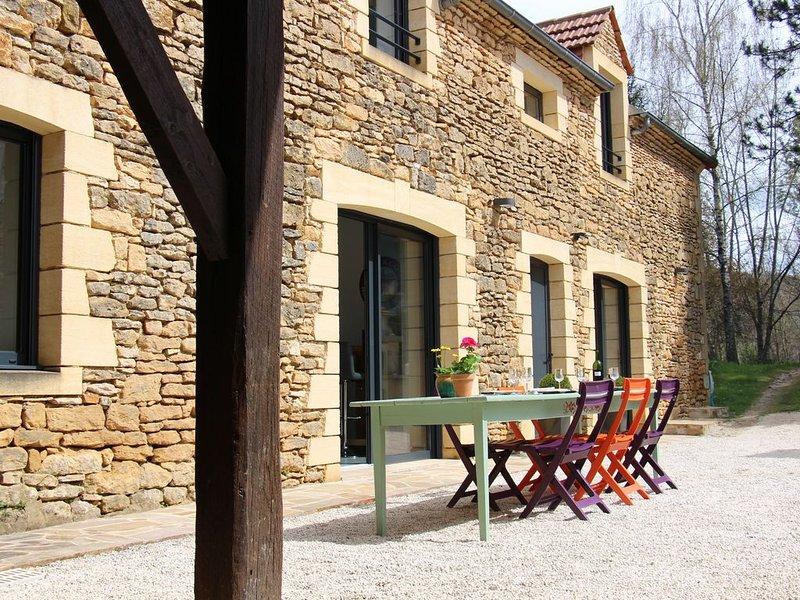 La Grange de Bizac dans un village du Périgord Noir, vacation rental in Archignac