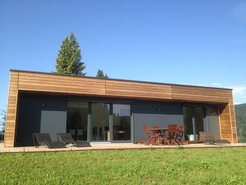 Maison contemporaine a 600 Mètre d'altitude au calme, vacation rental in Le Thillot