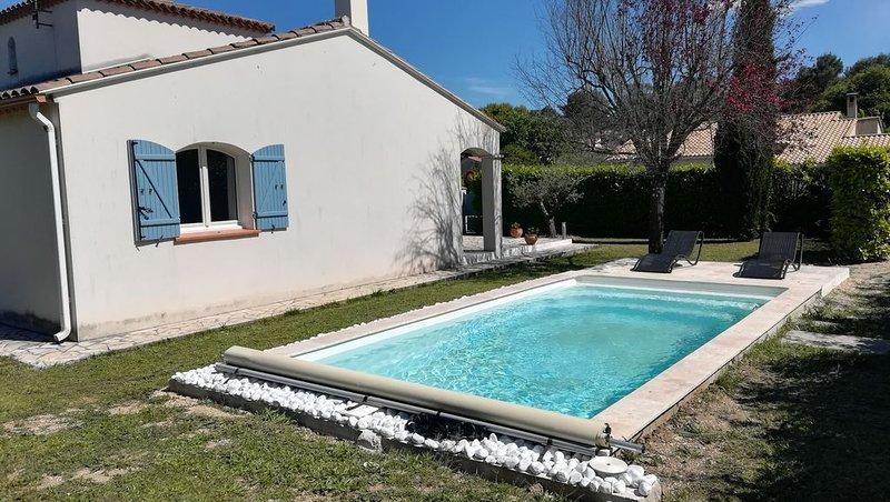 Belle villa à louer entre mer et Pic Saint Loup, holiday rental in Saint-Drezery