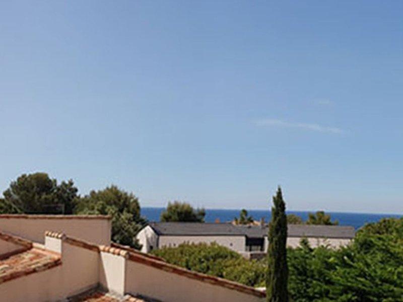 Maison familiale à deux pas de la mer et des plages, location de vacances à Sausset-les-Pins