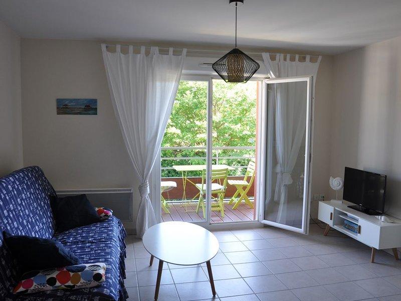 Appartement Bassin d'Arcachon Centre d'Arès au calme, location de vacances à Claouey