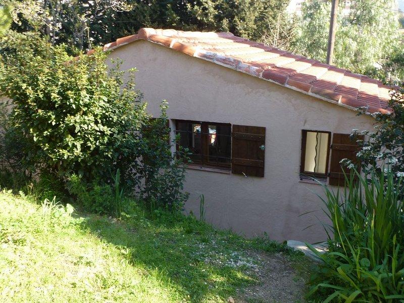 Petite maison individuelle 4 couchages, aluguéis de temporada em Toulon