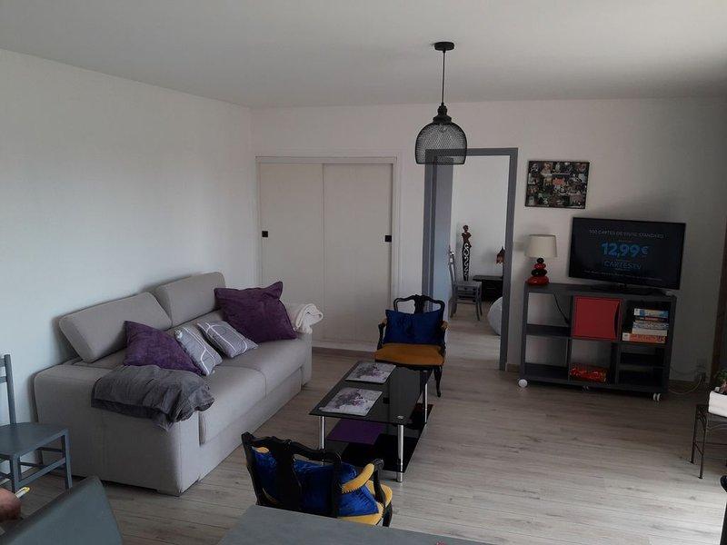 Appartement 50 m2 meublé avec balcon, alquiler vacacional en Longueville