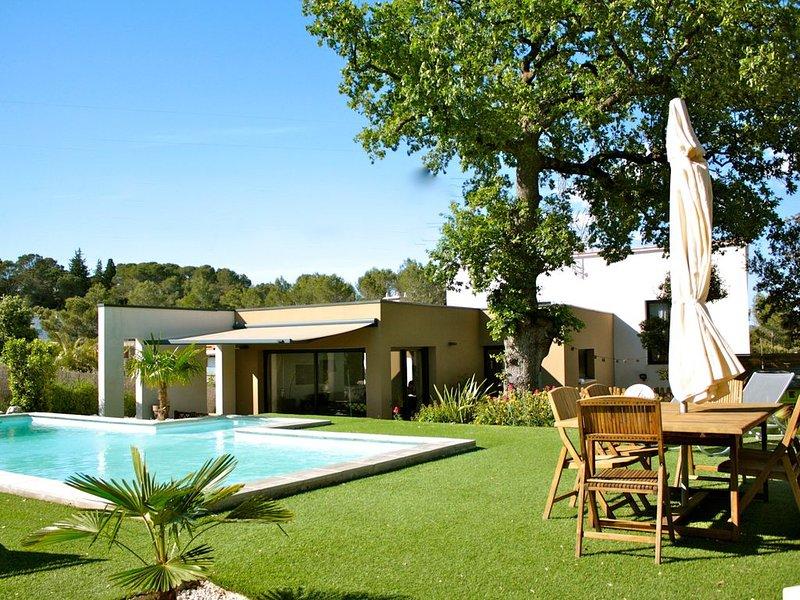 Villa contemporaine avec piscine, aluguéis de temporada em Les Matelles