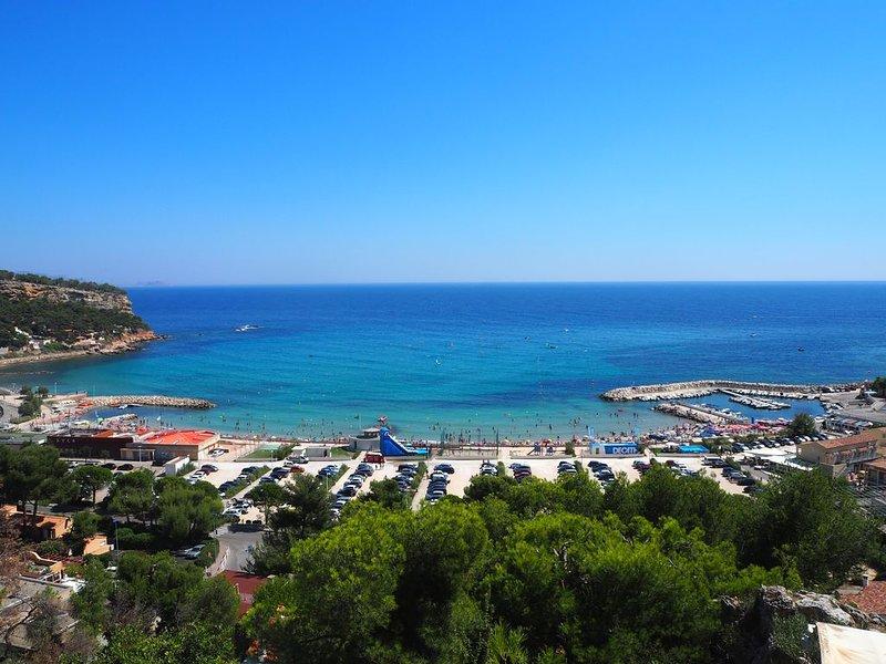 CARRY LE ROUET: Dans résidence calme appart. proche de la plage du Rouet, vacation rental in Chateauneuf-les-Martigues