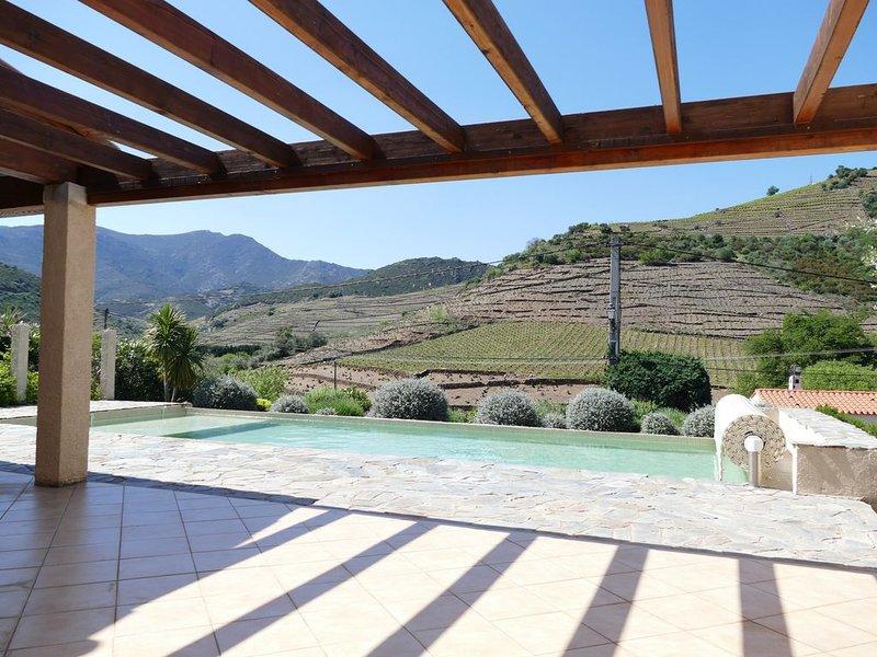 Villa avec vue panoramique sur les montagnes et les vignes proche de la plage, alquiler de vacaciones en Banyuls-sur-mer