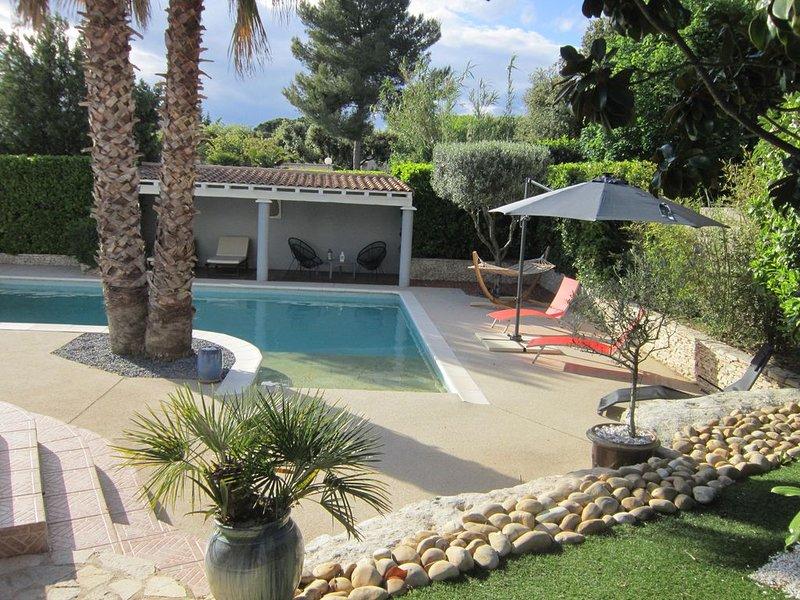 Villa avec piscine proche de la mer pour 6 personnes, casa vacanza a Restinclieres