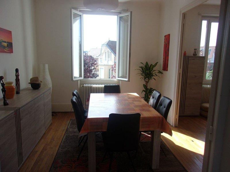 Appartement 70m2 calme - Très proche Hyper Centre - Idéalement situé, vacation rental in Fontaine-les-Dijon