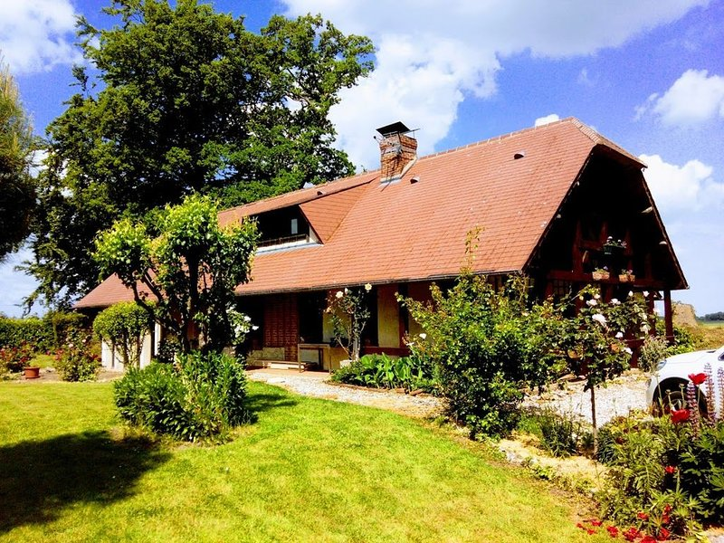 Maison de campagne de charme, holiday rental in Bretteville-Saint-Laurent