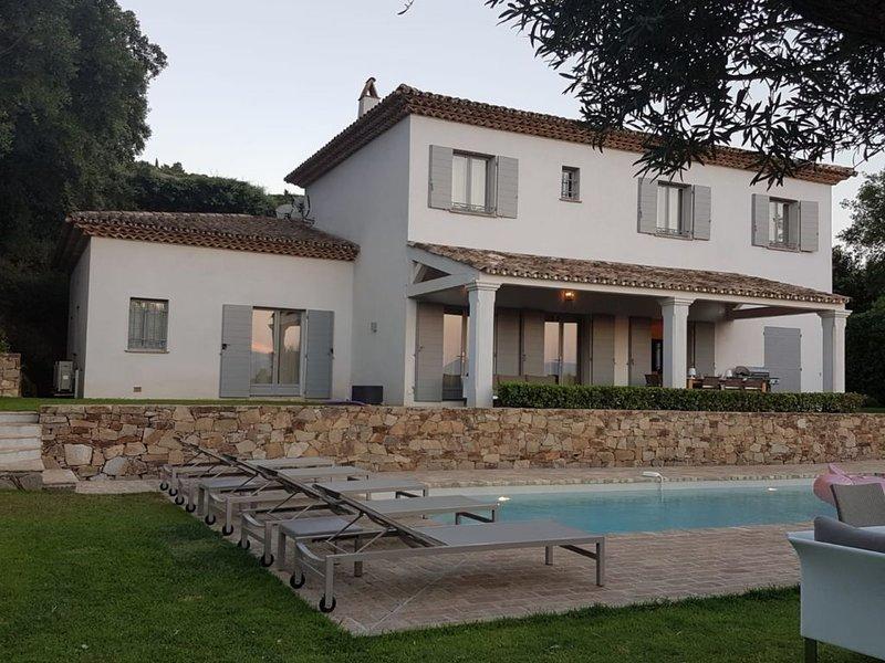 Magnifique villa aux portes de Saint-Tropez, location de vacances à Gassin