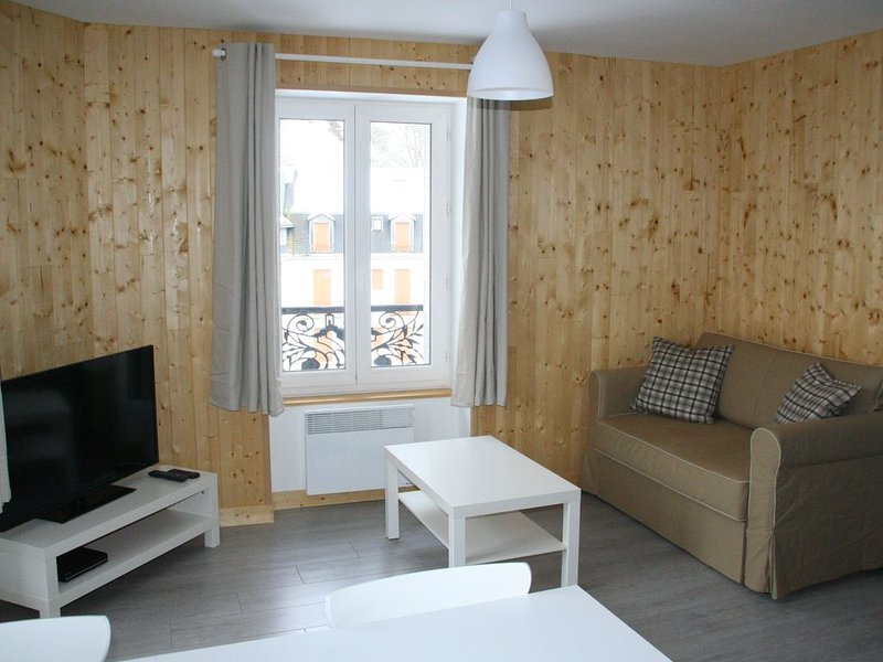 Location duplex idéal vacances ou cures thermales, 3personnes, holiday rental in Le Mont-Dore