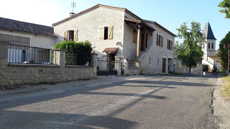 Maison de village au coeur du Quercy, holiday rental in Puylaroque