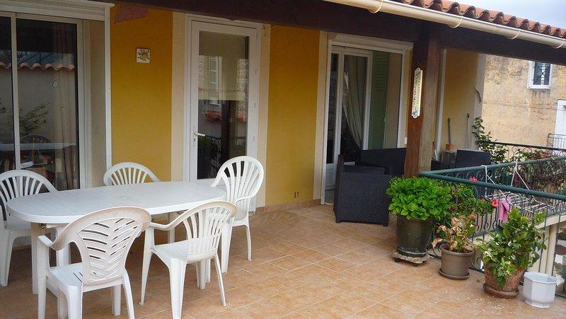 Maison de vacances dans village, vacation rental in Usclas-d'Herault