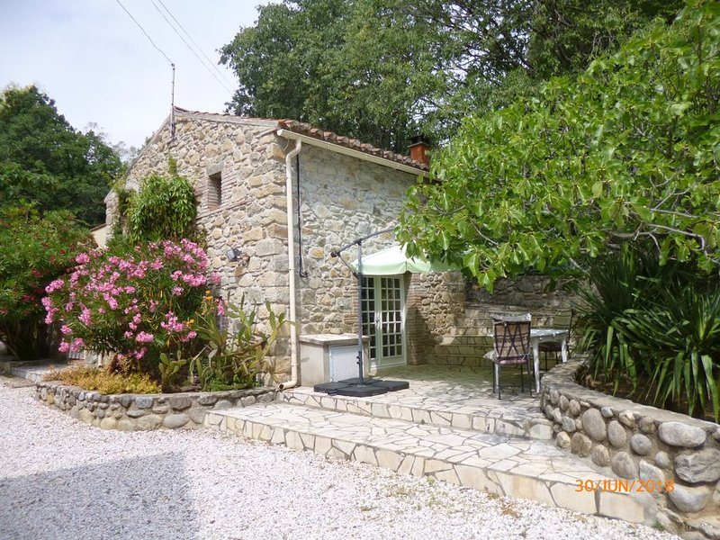maison indépendante, location de vacances à Prades