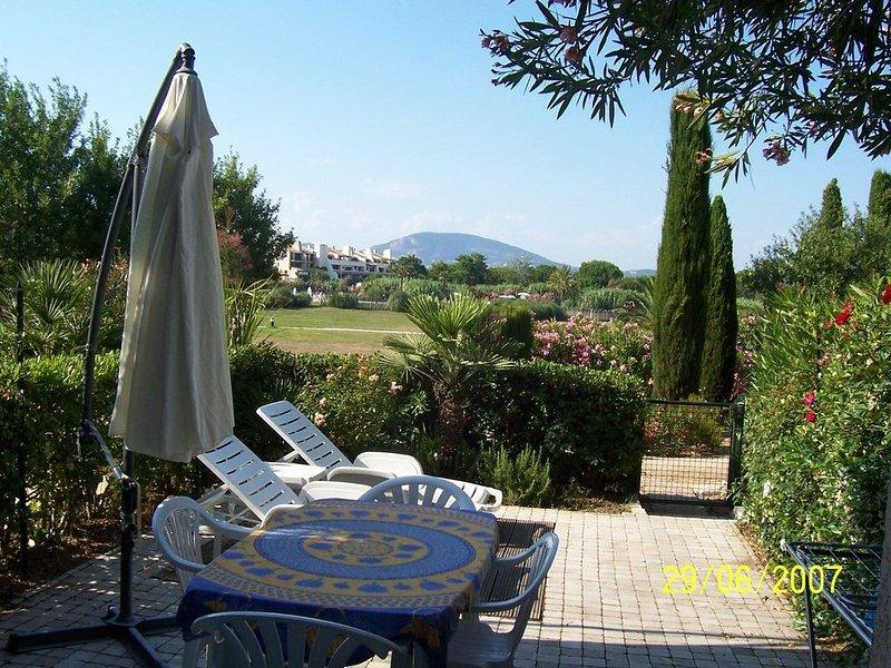 Appartement a prox de la mer dans un domaine prive golfe de St Tropez, location de vacances à Saint-Tropez